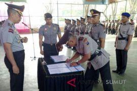 Enam pejabat Polres Langkat sertijab