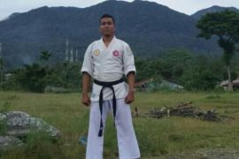 Rio Fernando mengejar prestasi