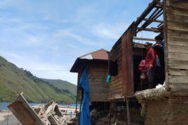 Bupati Samosir tinjau daerah terdampak banjir