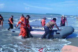 Basarnas masih cari nelayan yang hilang