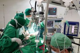 RSUP Adam Malik tangani pasien