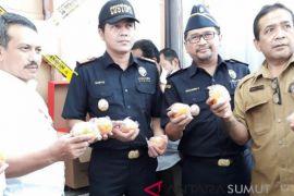 Kemendag sita tujuh kontainer jeruk asal China