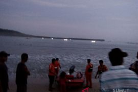 Nelayan Nias Selatan hilang terjatuh dari perahu