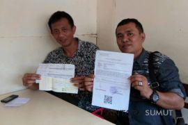 Oknum pengusaha kafe diadukan ke polisi