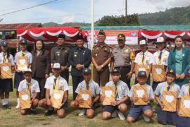 Pelajar berprestasi Samosir dapat penghargaan
