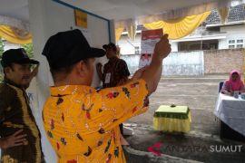 Pasangan Edy dan Ijek menang di TPS Bupati Asahan