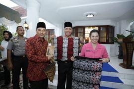 Kapoldasu buka bersama di rumah dinas Walikota