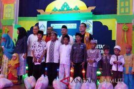 Hotel Internasional Sibayak menyantuni anak yatim
