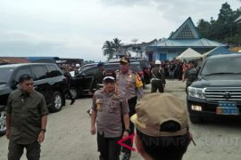 Panglima TNI dan Kapolri tinjau penanganan kapal tenggelam