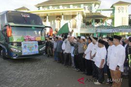 Bupati Madina berangkatkan JCH kloter 8