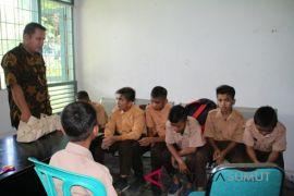 Tujuh siswa terjaring operasi