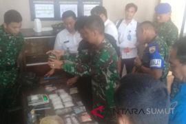 Batalyon Raider 100/PS ringkus pengedar narkoba