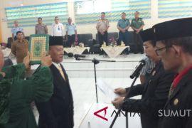 Anggota DPRD Tanjungbalai PAW diambil sumpah
