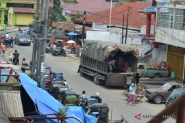 Dishub dan Polres diminta tertibkan truk masuk kota