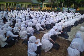 320 mahasiswa STAI-JM Tanjungpura Langkat bersholawat