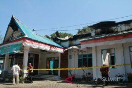 Kantor Dinas PMD Madina terbakar