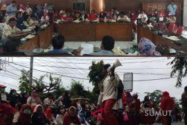 Guru di Tanjungbalai ancam mogok massal