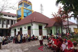 Ratusan guru Tanjungbalai mogok mengajar