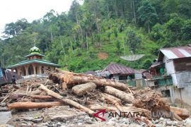 BPBD: Warga korban banjir di Mandailing Natal segera direlokasi