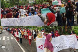 Guru SD-SMP Tanjungbalai unjuk rasa tuntut TTPD