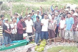 Pemerintah bantu nelayan Samosir