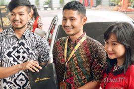 Pertamina beri hadiah kepada pelanggan berbaju batik