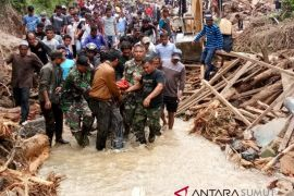 Polda: Banjir Madina 11 orang meninggal