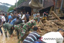 Kodim evakuasi korban banjir