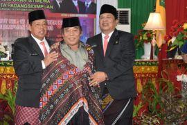 Paripurna HUT Pemkot Padangsidimpuan berlangsung khidmat