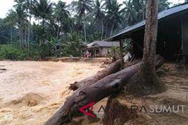 Banjir juga landa Muara Batang Gadis