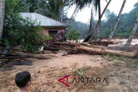 Ratusan korban banjir bandang Tagilang Julu belum tersentuh bantuan