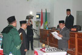 Syamsir dilantik jadi anggota DPRD Madina