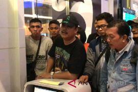 Penumpang khawatir, Pesawat Lion Air tujuan Padang delay sepuluh jam lebih