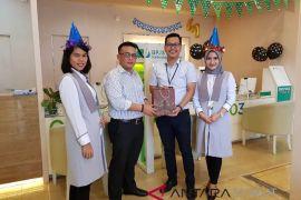 Meriahkan HUT, BPJS Ketenagakerjaan berbagi souvenir