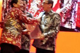 Pemkab Langkat terima penghargaan dari Menteri Hukum-HAM