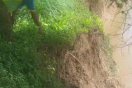 Sepuluh rumah di seputaran Sungai Wampu terancam hanyut