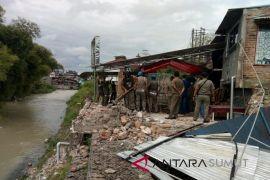 Cafe Sungai Bah Bolon Pematangsiantar dibongkar