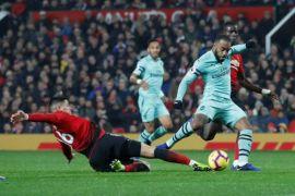 Arsenal tahan imbang MU 2-2 di Old Trafford