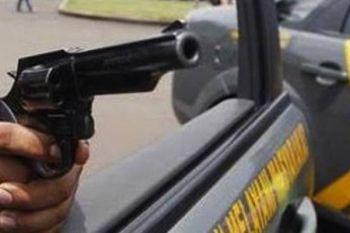 Polisi tembak dua begal