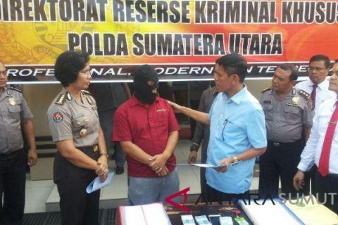 Plt Kabid Pelayanan Perizinan Padang Sidimpuan tersangka