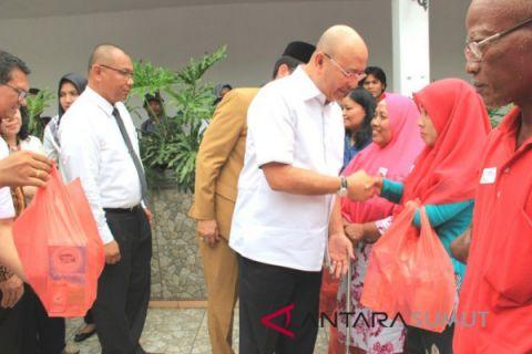 Wali Kota berikan nutrisi tambahan kepada penyandang disabilitas