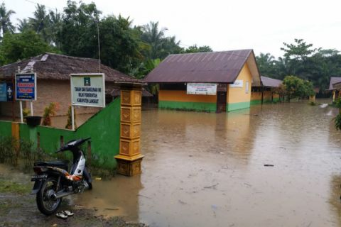 567 kepala keluarga terdampak banjir