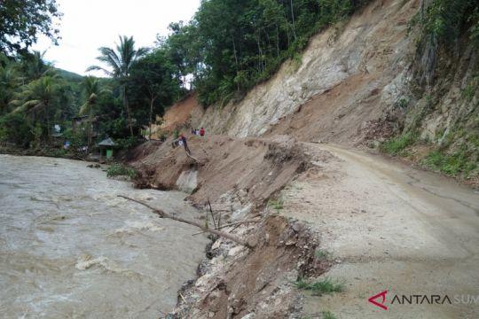 Banjir juga berdampak di Panyabungan Timur