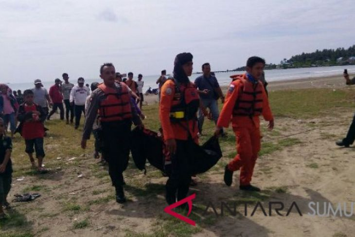 Korban Hanyut di Pantai Sirombu Ditemukan
