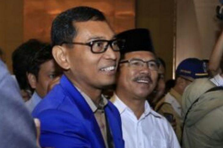 JR Saragih siap gugat KPU Sumut