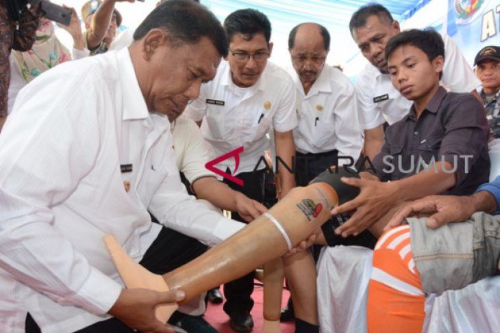 Bantuan kaki palsu