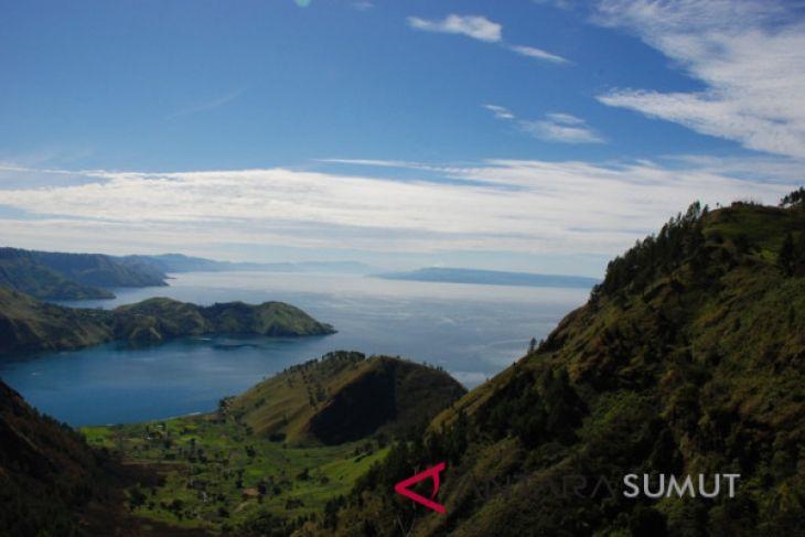 Keindahan Dataran Tinggi Tanah Karo dan Danau Toba menanti kunjungan anda