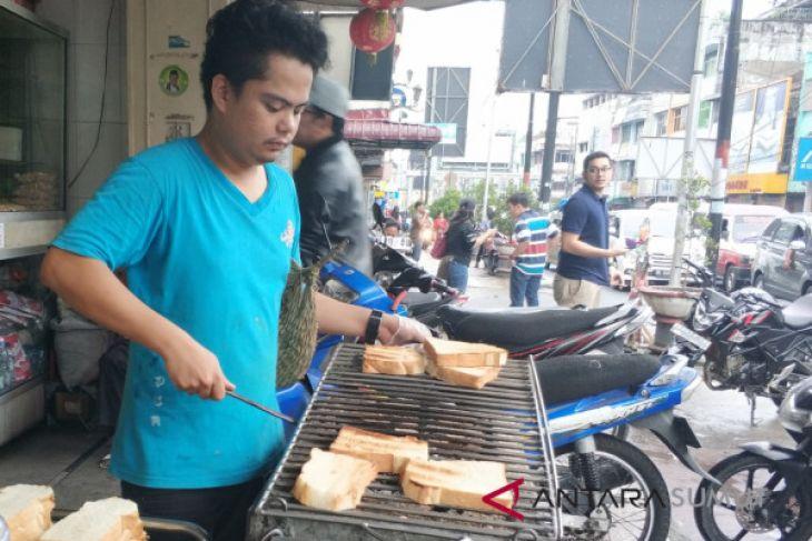Roti bakar Siantar