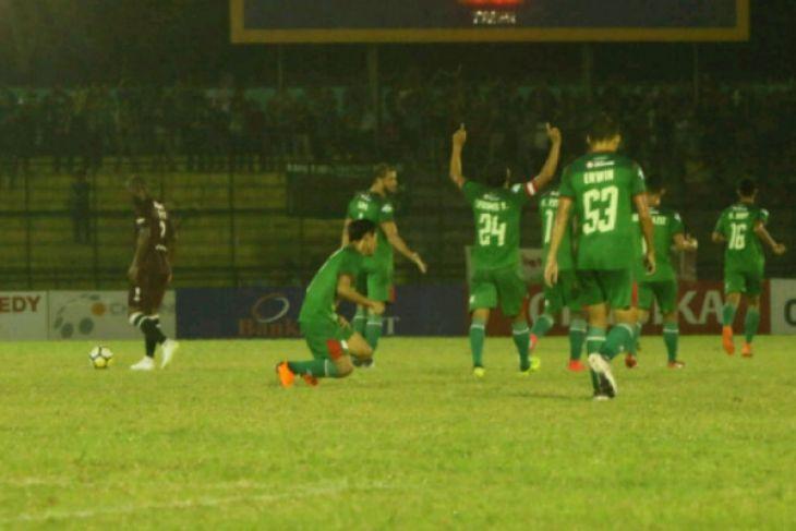 PSMS Medan hajar PSM Makassar 3-1