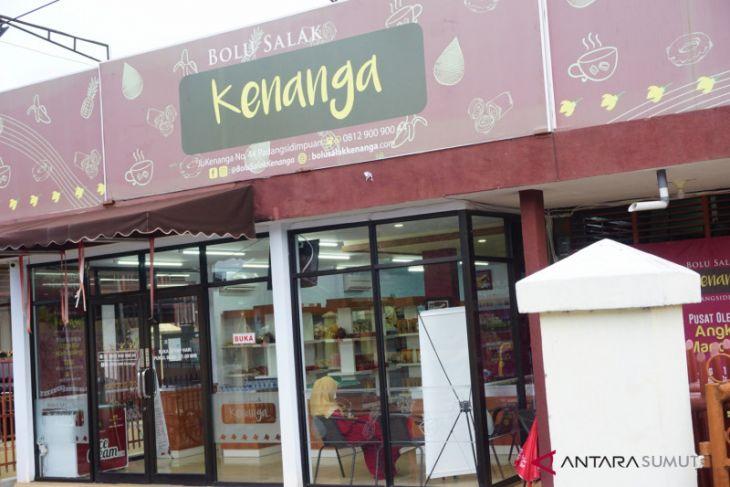 Bolu Salak Kenanga oleh-oleh dari Padangsidimpuan